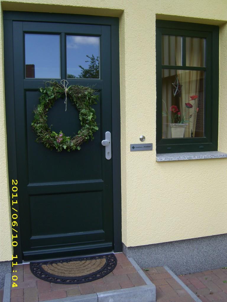 Rund ums Haus - Hauseingangstür 2012